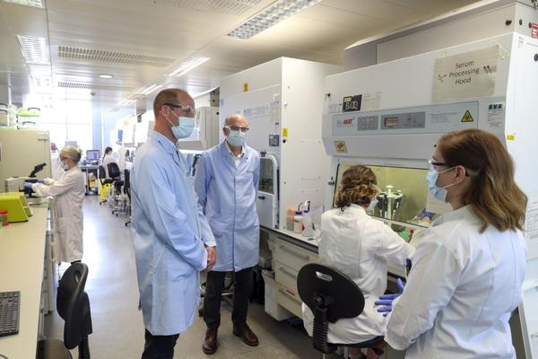 prince william visit to vaccine centre June 2020